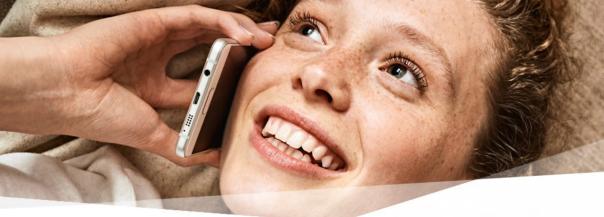Wenigstens im Marketing wird mit Samsung über den Dienst ergiebig erfreut gegrinst - aber  in der Realität... / Bildquelle: telekom.de