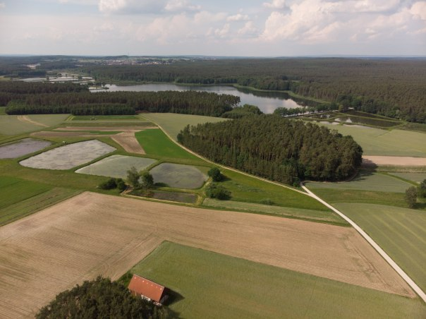 Kleines Bild aus Mittelfranken - Dronenflug in 35m Höhe!
