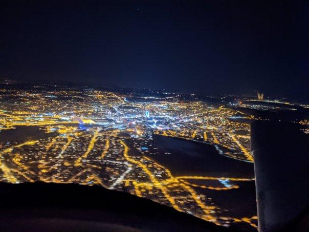 Nachtflugausbildung: aus der Cirrus über Leipzig, MDR-Tower deutlich sichtbar / Bild-Quelle: privat
